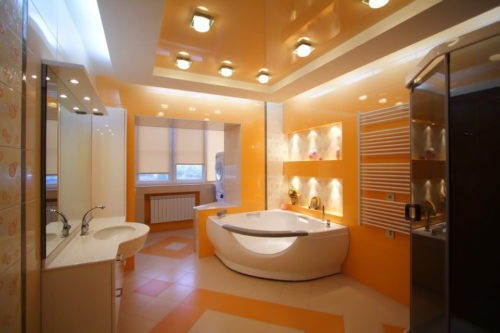 Потолок в ванной комнате